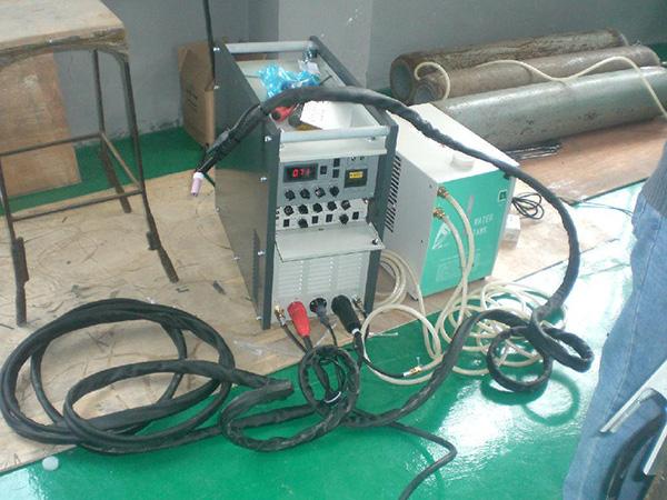 氩弧焊机(八台)